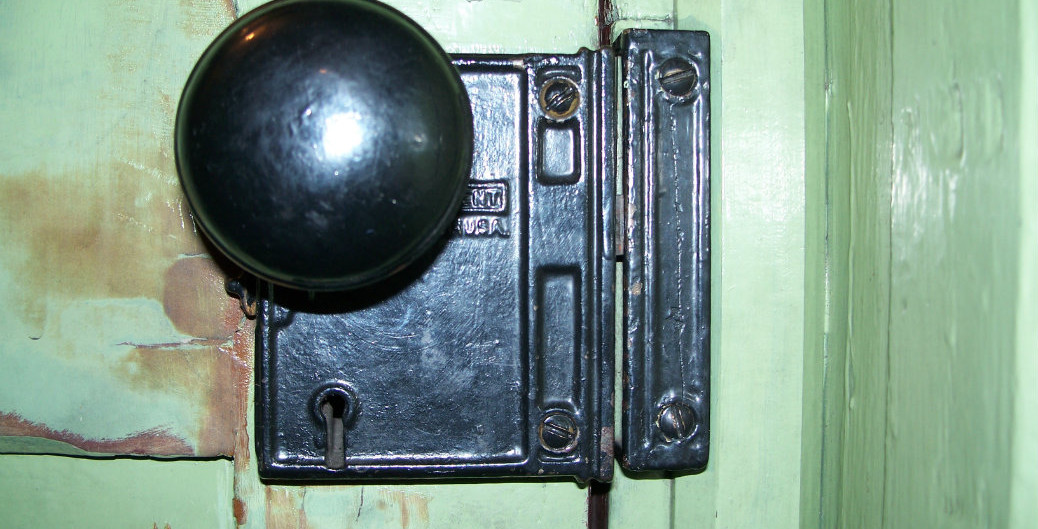 Doorknob Durango Engine #476 by LD Prebilsky
